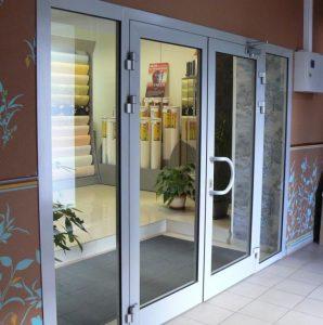Профильные алюминиевые двери