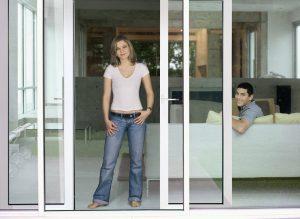 Установлены раздвижные двери