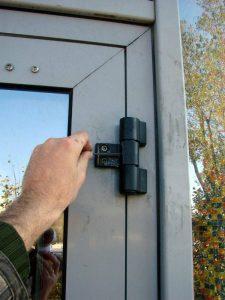 Регулировка дверей своими руками