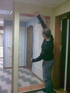 Измеряем высоту дверного проёма