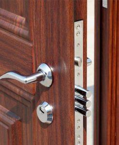 Личинка замка входной двери