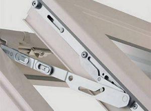 Регулировка механизма металлопластиковой двери