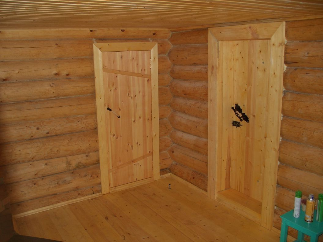 Двери деревянные в баню