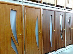 Разновидности шпонированных дверей