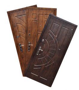 Стальные двери в ассортименте