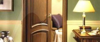 Скрипит дома дверь чем смазывать