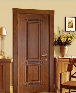 Установлены двери с коробкой
