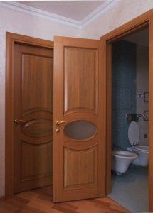 Шпонированные двери в санузел