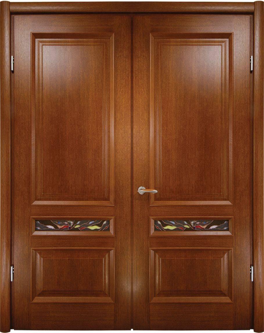 Двойные деревянные двери