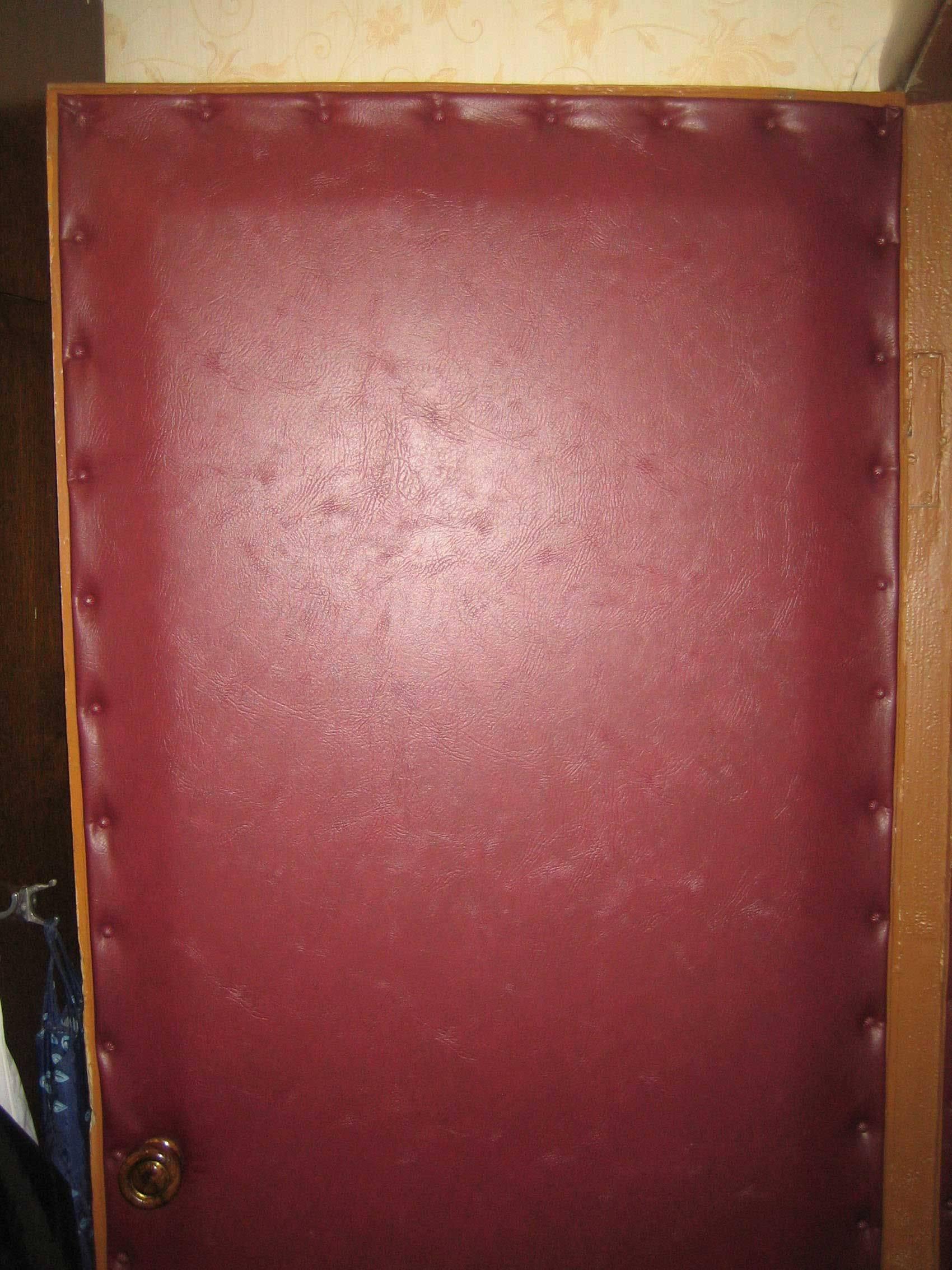 Обивка входной деревянной двери