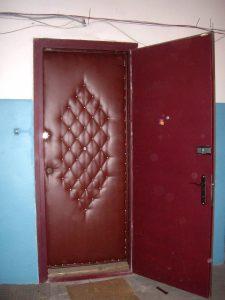 обивка двери дермантином