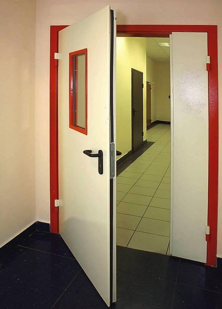 Противопожарные железные двери