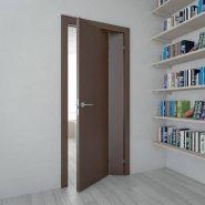 Складные двери в прихожей